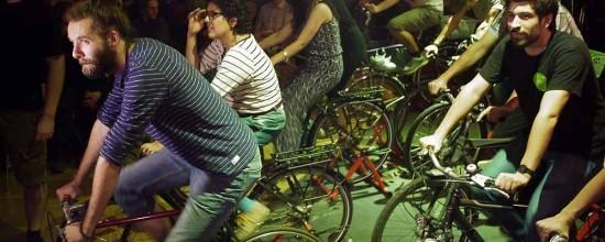 Fahrradfahren und Strom erzeugen
