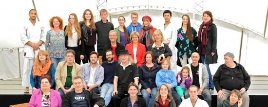 Gruppenfoto der ufaFabrik Lebensgemeinschaft
