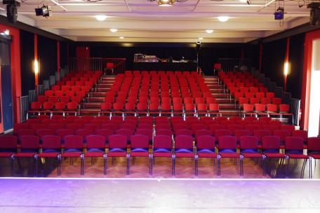 Theatersaal Zuschauertribüne