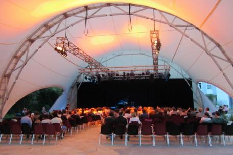 Open Air Bühne Innenraum